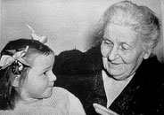 maria-montessori-with-child
